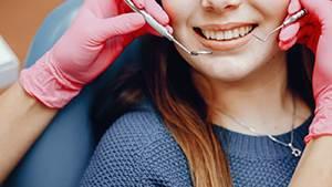 Quanto spesso devi vedere un dentista?