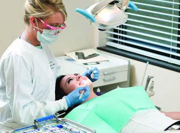 Igienista rimuoverà lo smalto dai miei denti
